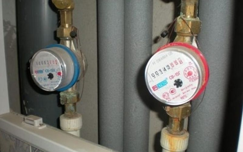 Đồng hồ nước kiểu lắp đứng là dạng đồng hồ nước chuyên dùng lắp đặt các đoạn ống nước thẳng đứng
